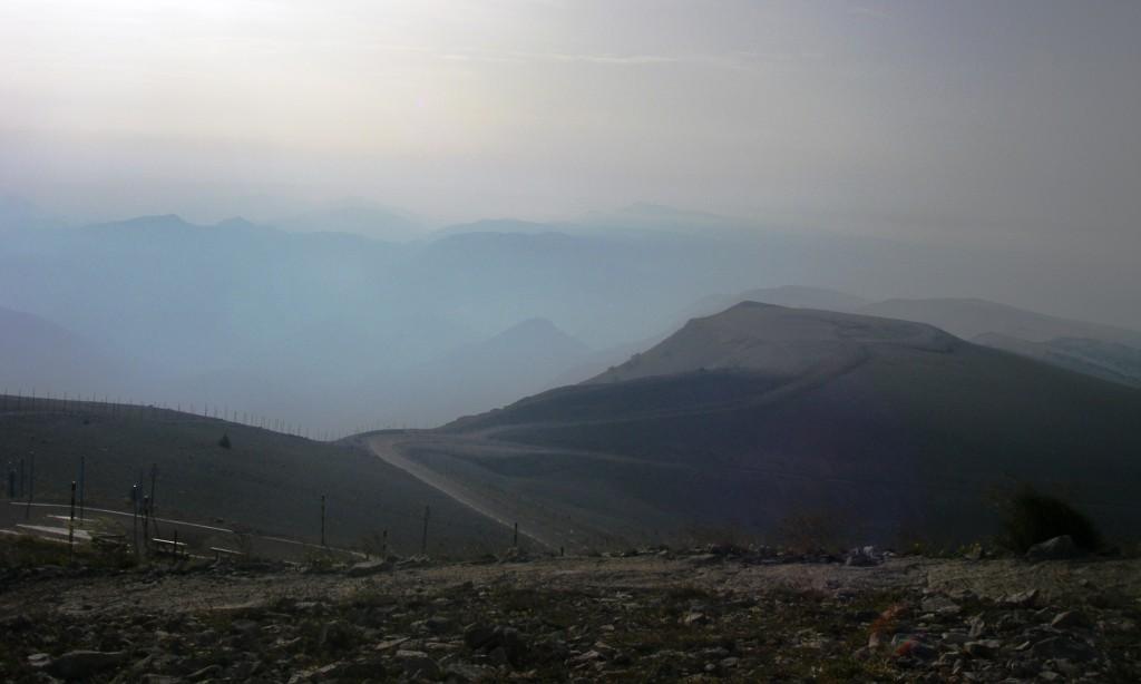 Surement pas le plus beau panorama depuis le Mont Ventoux, mais c'est sympa quand même, et désert ! J'apprécie !